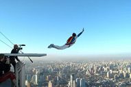base_jumping2-r_191.jpg